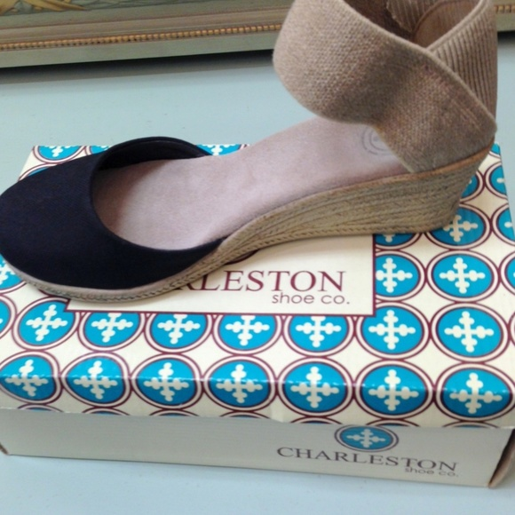 87da790f98e4 Charleston Shoe Co. Shoes